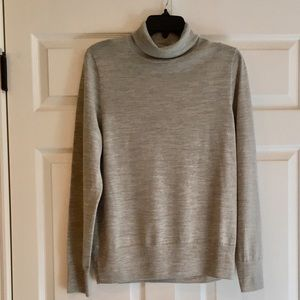 J. CREW Heathered Gray Turtleneck Sweater XL
